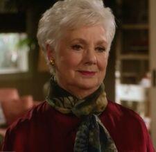 Shirley Jones as Anne
