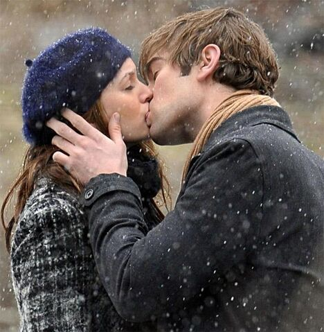 File:Winter kiss.jpg