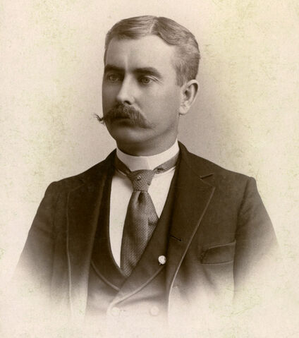 File:Antique-photo-of-man medium.jpg