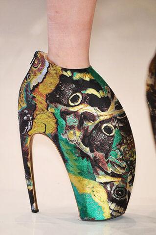 File:Shoe1.jpg