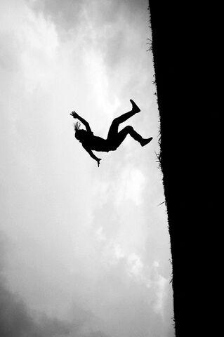 File:Im-falling.jpg
