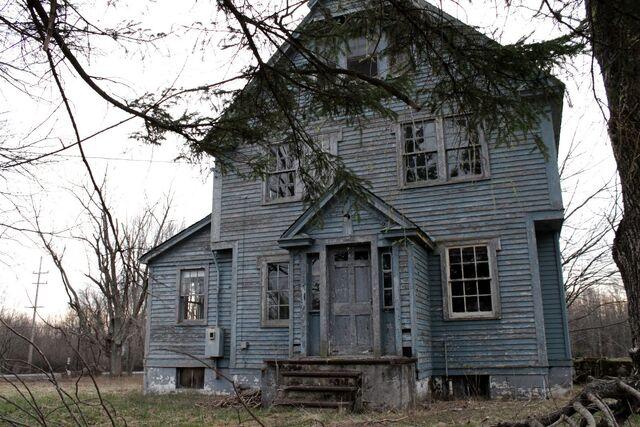 File:Blue house.jpg