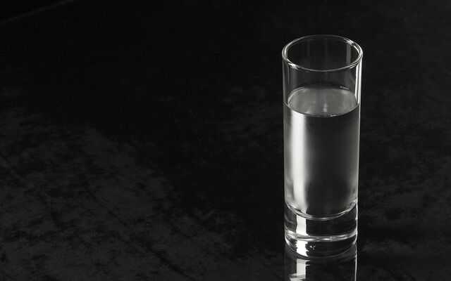 File:A-Glass-of-Water.jpg