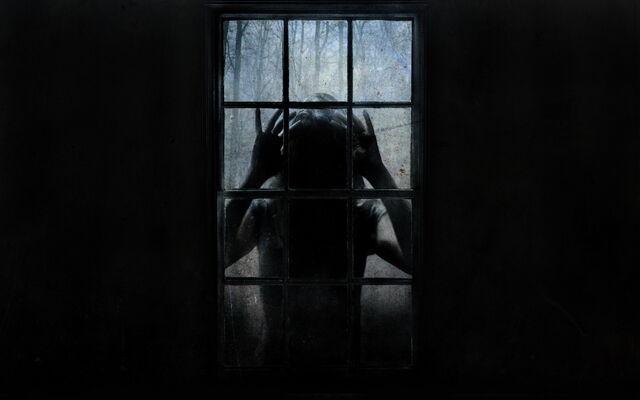 File:The-uninvited-window-dark-horror-movies.jpg