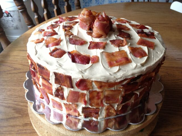 File:Bacon-cake-31.jpg