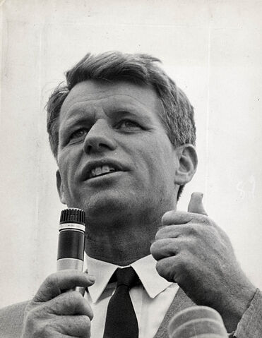 File:Robert F. Kennedy.jpg
