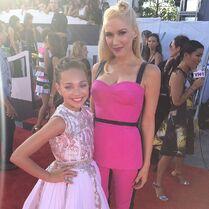 Maddie with Gwen Stefani 2014 VMA
