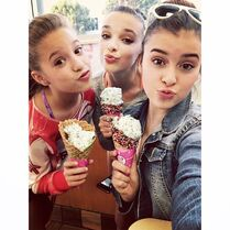 505 Kalani ice cream in Los Angeles with Mackenzie Kendall 6Nov2014