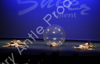 601 The Girl In The Plastic Bubble 9
