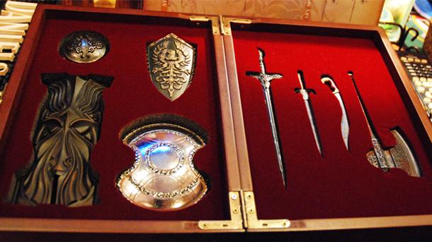 File:Dark-Souls-cafe-weapons.jpg