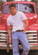 Days-Of-Our-Lives-Promo-Pic-s-jensen-ackles-1279062-450-646