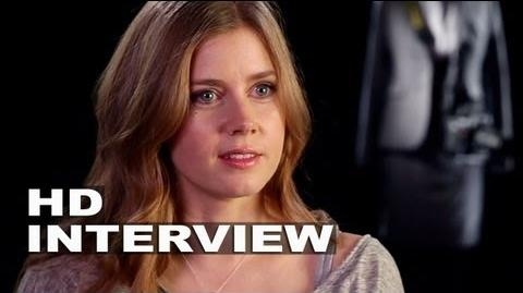 "Man of Steel Amy Adams ""Lois Lane"" On Set Interview"
