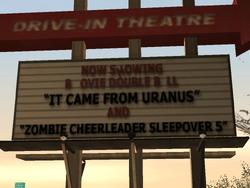 Astro Drive-in Theatre-Werbetafel.png