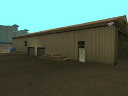 Crotchleys Depot-Außenansicht.png