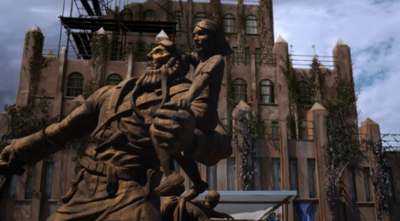 468px-Statue