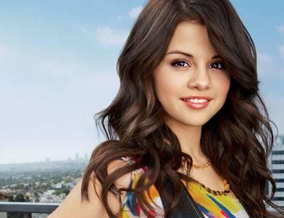 File:Selena-selena-gomez-31920582-400-307.jpg