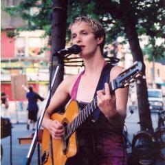 File:Nicole Stoffman at La Palette.jpg