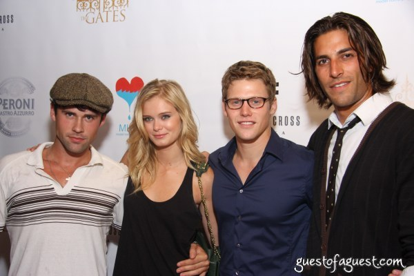 File:Ben Hollingsworth Sara Paxton Zach Roerig Jordan Woolley.JPG