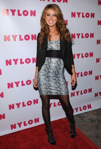 File:Shenae grimes dress nylon.jpg