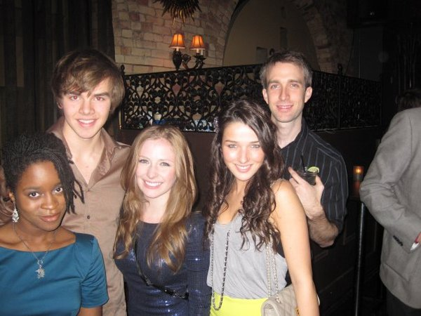 File:J, sam, charlotte, annie.jpg