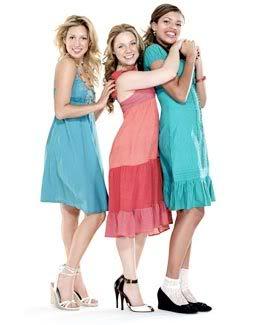 File:Dresses4-dtng.jpg