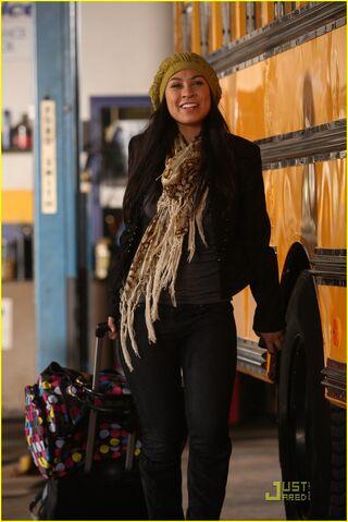 File:Lauren-collins-degrassi-goes-hollywood-08.jpg