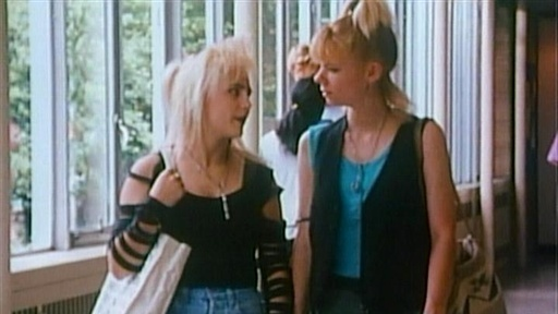 File:Degrassi-liz+spike.jpg