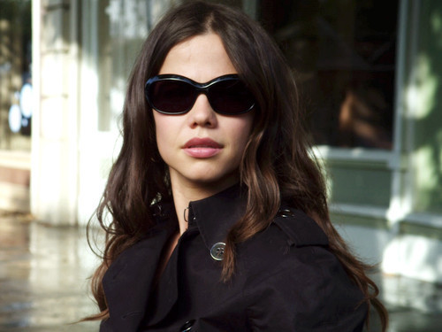 File:Pretty-little-liars-the-jenna-thing-pretty-little-liars-tv-show-13023664-500-375.jpg