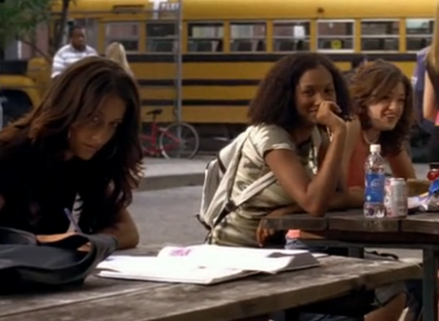 File:Season-6-degrassi-911439 535 330.png