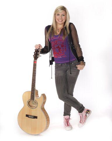 File:TEEN NICK PROMO PIC Jessica Tyler and guitar.jpg