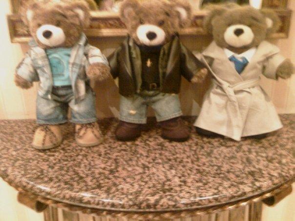 File:Supernatural teddy bears.jpg