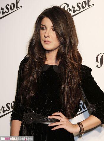 File:Shenae-grimes-06-17-Persol-Magnificent-Obsessions-1.jpg