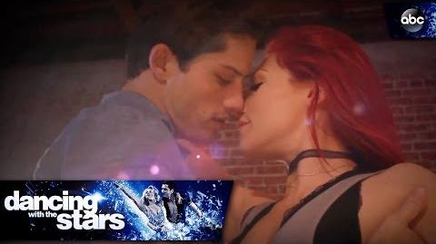 Bonner and Sharna's Cha Cha - Dancing with the Stars