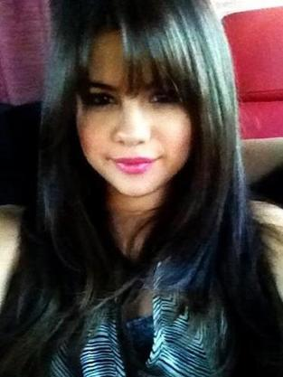File:Xselena-gomez-hairstyle jpg pagespeed ic ZSdClRNnv9.jpg