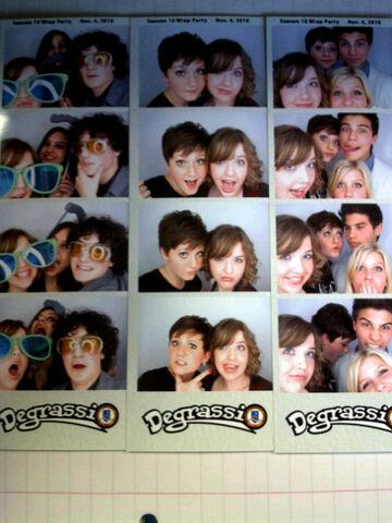 File:Aislinn paul wrap party photobooth.jpg