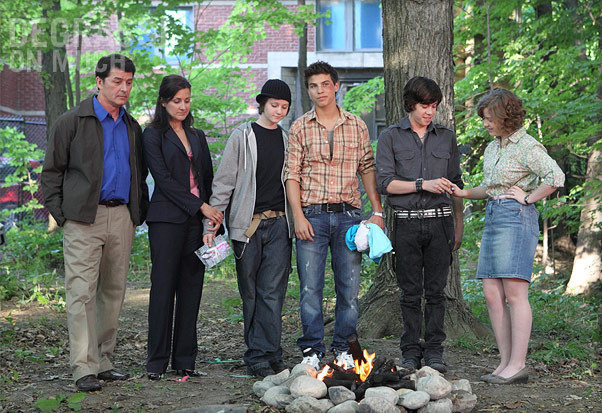 File:By-gracie-degrassi-misfits-adam-eli-clare-15184295-602-413.jpg