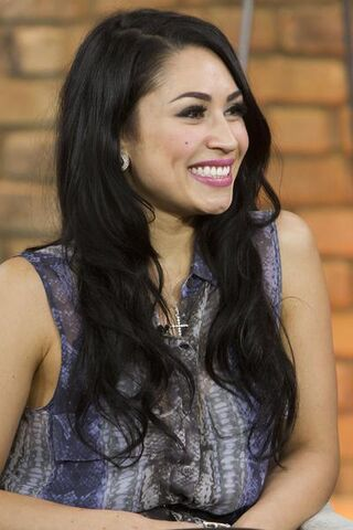 File:13-Cassie-Steele.jpg