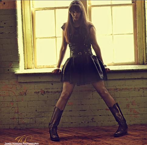 File:Melissa mcintyre modeling photo 8.jpg