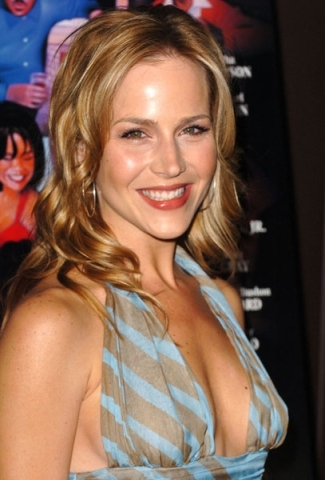 Julie Benz Wiksteria Lane Fandom Powered By Wikia