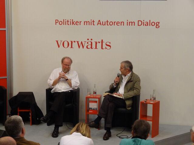 Datei:Interview Thierse.jpg