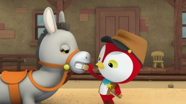 File:Sheriff Callie's Wild West - Peck is brushing Clementine's teeth.jpg