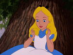 Alice-in-wonderland-disneyscreencaps.com-153
