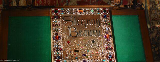File:Sleeping-disneyscreencaps.com-14.jpg
