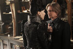 Once Upon a Time - 6x02 - A Bitter Draught - Photography - Evil Queen and Gold 3