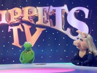 TF1-MuppetsTV-PhotoGallery-02-KermitEtMissPeggy
