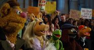 Muppets2011Trailer02-03