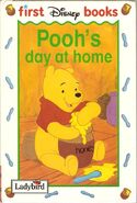 Pooh's Day at Home (Ladybird)