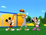 Goofy's Swingin' Soccer - Mickey Mousekersize 128