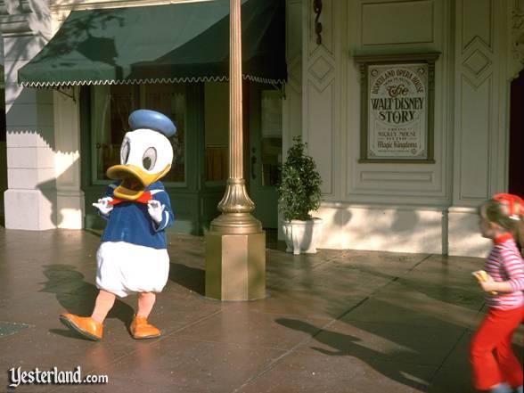 File:Wdstory duck1974ww.jpg