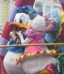 Daisy Donald Festival Fantasy Parade